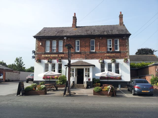 The Horseshoe Inn - Kingsley