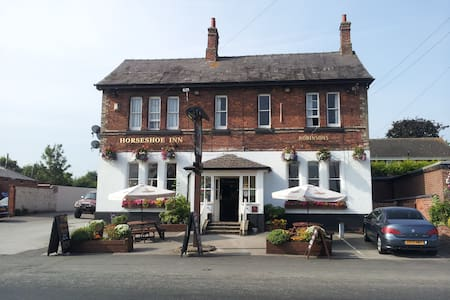 The Horseshoe Inn - Kingsley - Bed & Breakfast