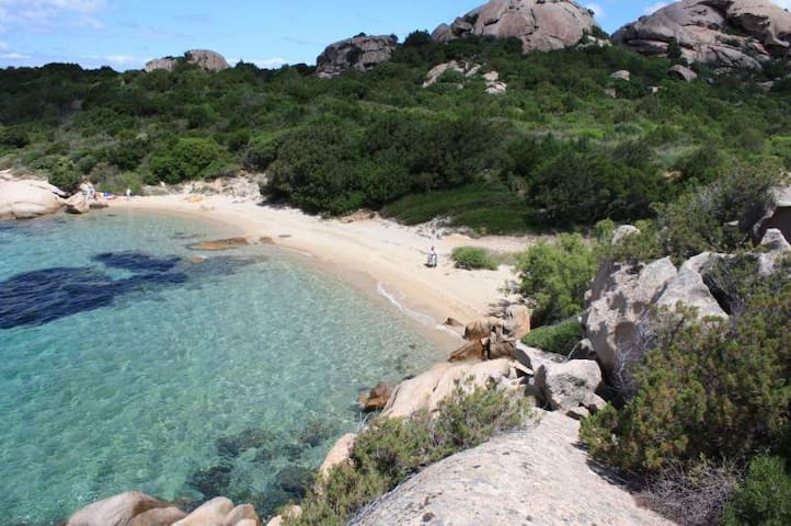 Appartamento con vista mozzafiato - Baja Sardinia - House