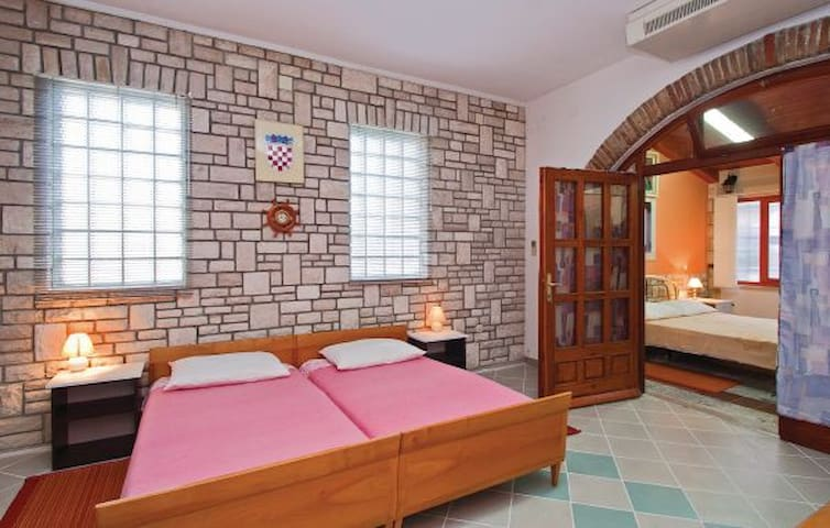 """""""817"""" Apartments for 8 people - Pula - Pis"""