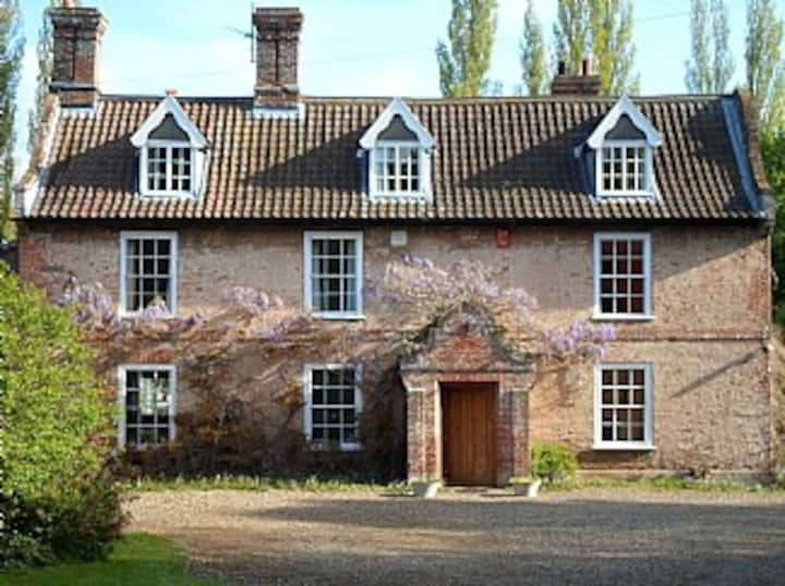 Beautiful 18th Century Old Rectory