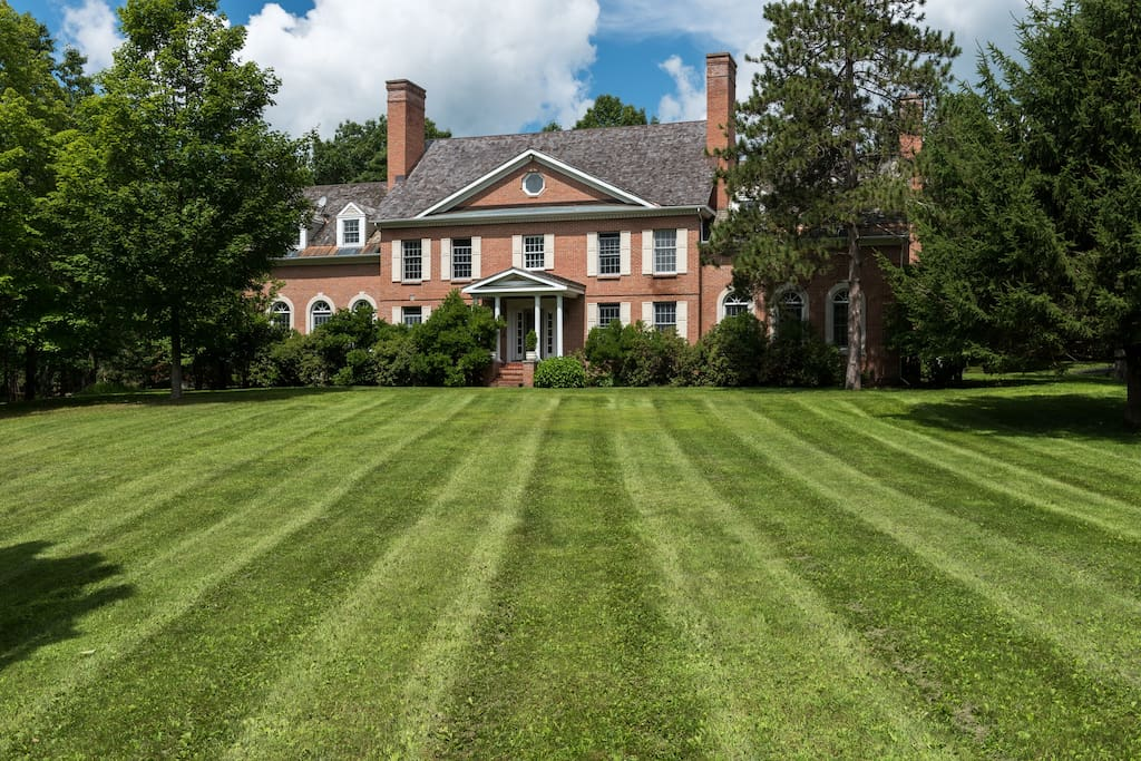 Berkshire Country Estate w 10 acres of rolling front lawns.