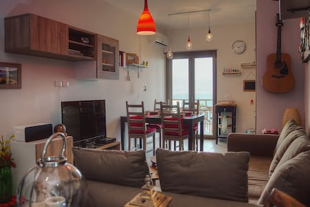 Luxury Apartment with sea view - Messina