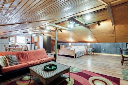 Cozy Lockeland Springs Private Loft - Nashville - Loft