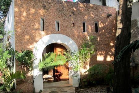 Merida artist/research residency - Loft