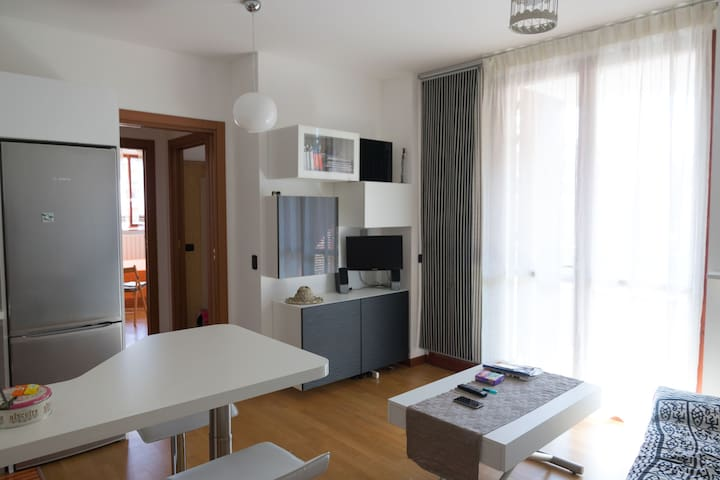 Appartamento ad Arese con cucina, ampio e solare