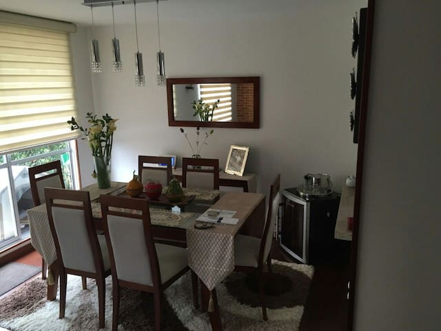 Great&Nice room friendly family - Cajicá - Hus