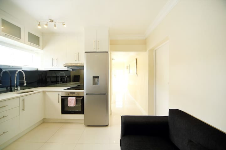 Luxurious  Apartment in a Great Area - Cape Town - Apartment