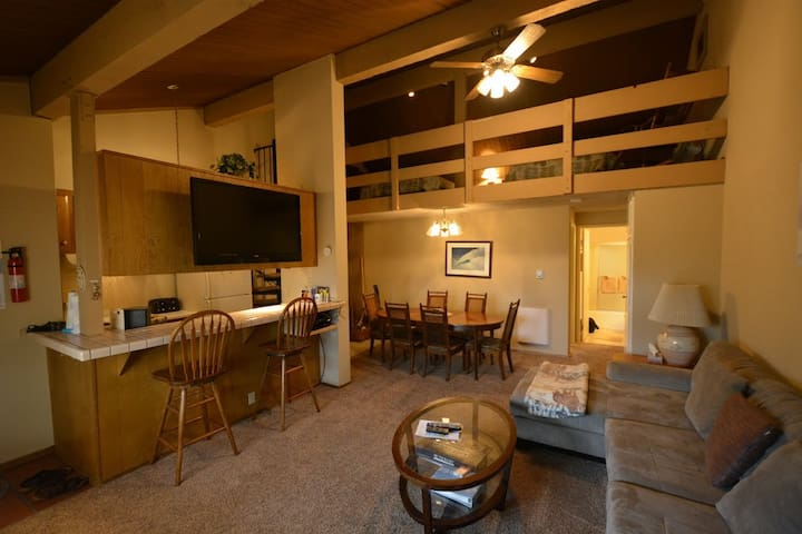 Centrally located Mammoth Condo