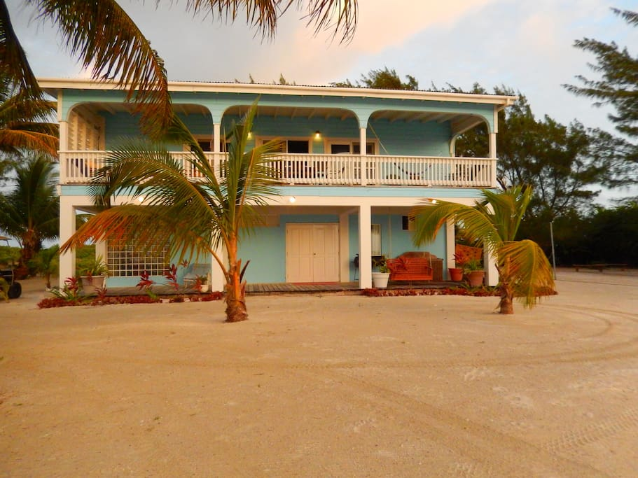 Casa De Lisa 5 Bedroom Private Beach Home Houses For Rent In San Pedro Belize Belize
