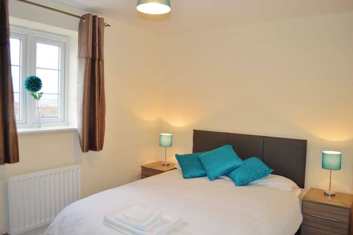 Whitelands Guest House - Double (Room 5) - Bicester - Apartamento