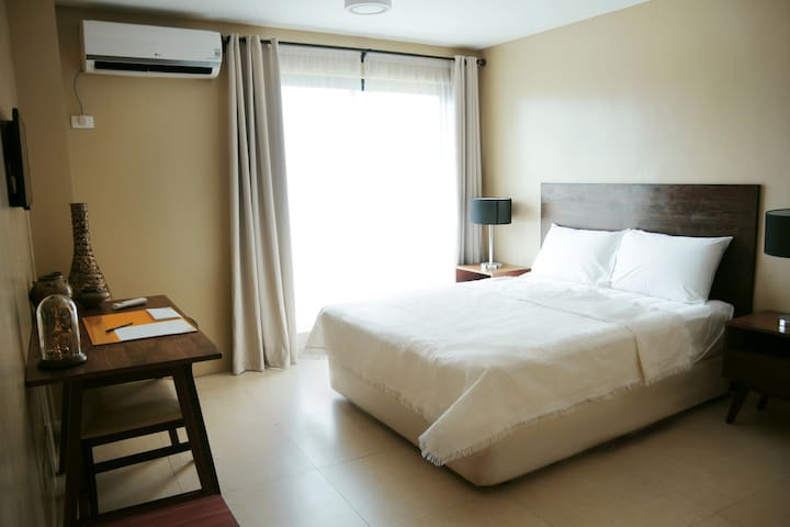 Comfortable utility studio in Makati - Manila - Appartement