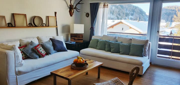 Appartamento ben arredato con vista sulla valle