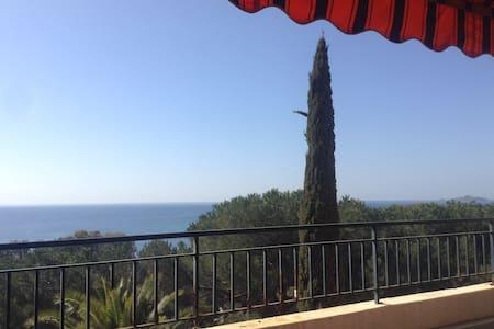 Grand studio vue panoramique - Ajaccio