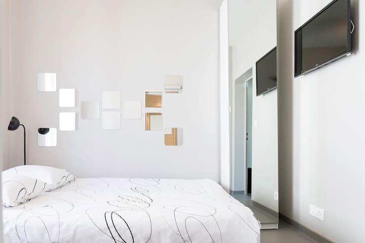 Chambre  Bussigny-près-Lausanne 2 - Bussigny-près-Lausanne - Apartment