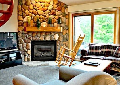 Beautiful 1 BR Condo in 5 * Resort! - Jackson - Villa