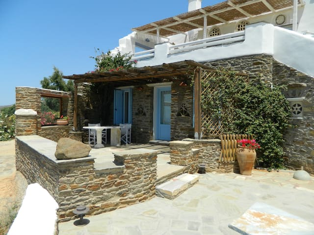 Sea Vie Exclusive-suite DELOS  - Tinos - Bed & Breakfast