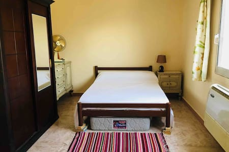 Sunny Central Cairo room on Zamalek Island