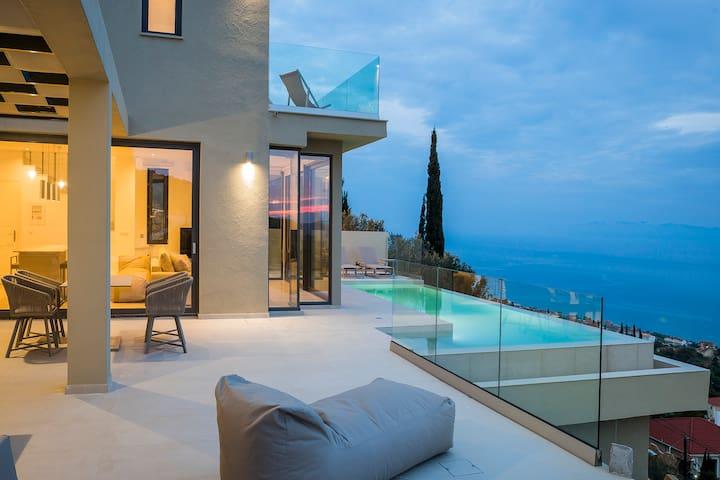 Villa Amaaze (New)