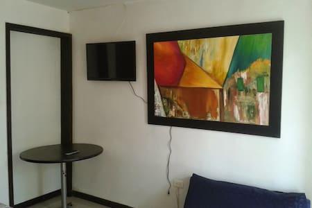 La 33 (1) - Loteng Studio
