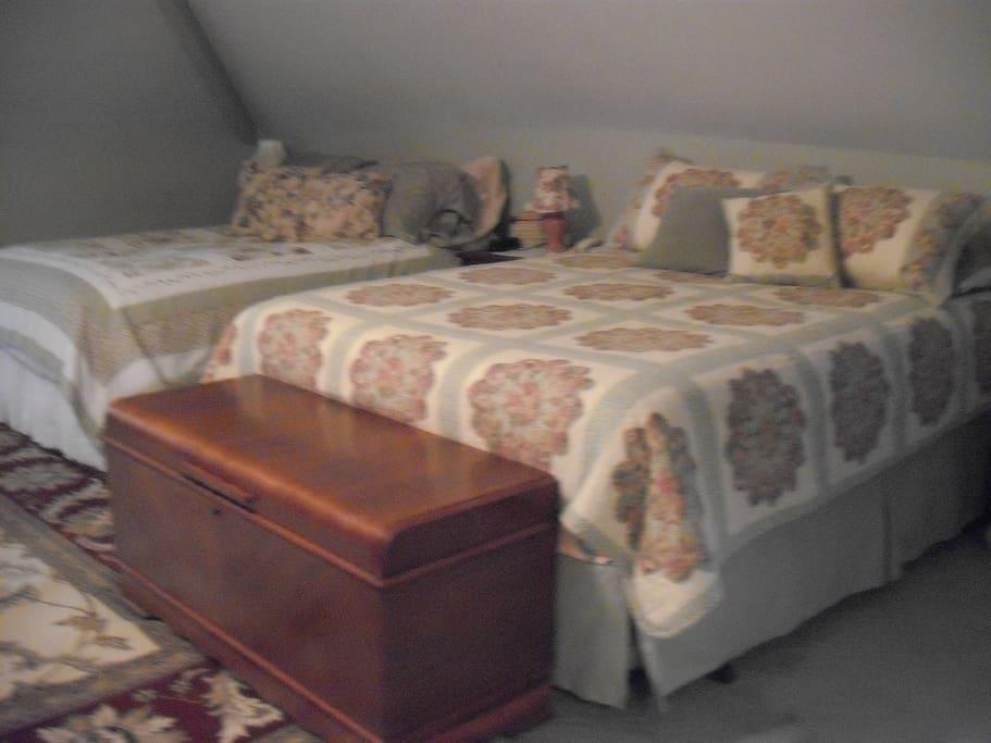 Queen Bed in Ernie's Attic