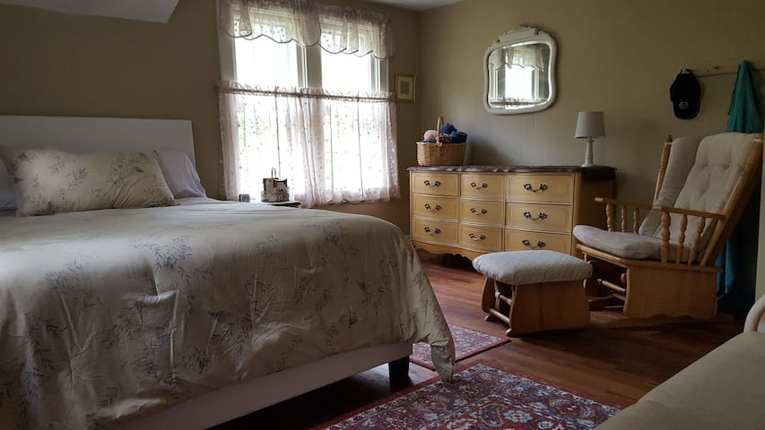 Kings' Pines Queen Bed:  Forksville PA