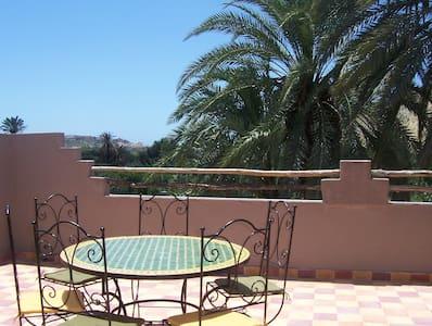 Maison Aourir(près Agadir), vue océan et montagne - Hus