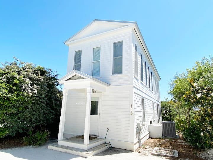 Seaside Beachfront Cottage for Two w/King Master! Amazing Gulf Views!