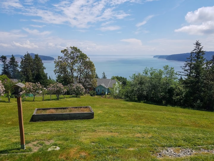 Oak Harbor Gem w/ Stunning Bay Views