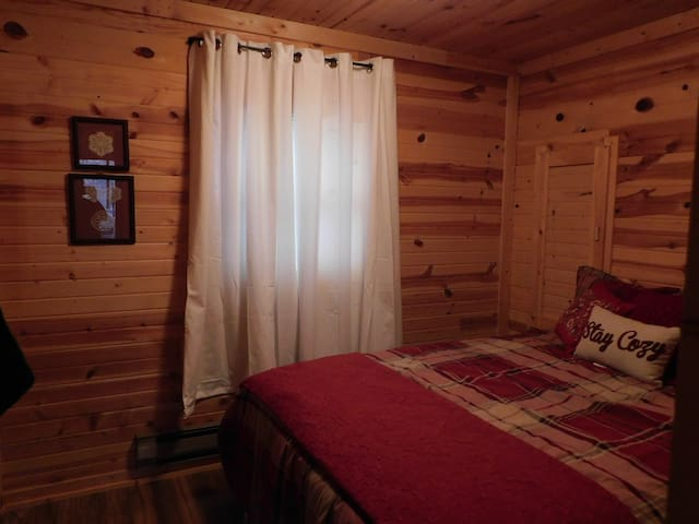 The Morning Star Cabin- Moose Room