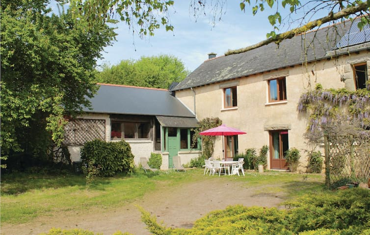 Beautiful home in La Nouaye with 3 Bedrooms