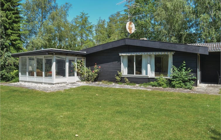 Holiday cottage with 4 bedrooms on 150m² in Gilleleje