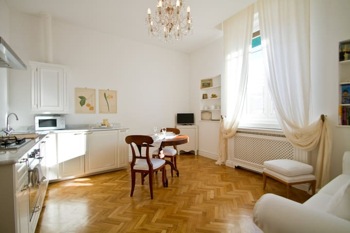 La Suite - Trieste - Lägenhet