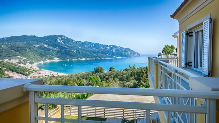 Sofia Appartement 2 - Panorama Meerblick über die gesamte Bucht von Agios Georgios Pagi