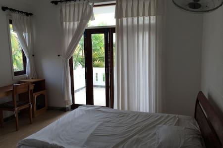 Mangosteen Guesthouse Full Breakfast & Comfy Beds! - Hội An - Pousada