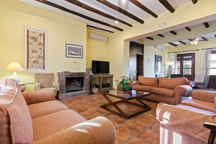 Accogliente casa vacanze a Fuente de Piedra con piscina