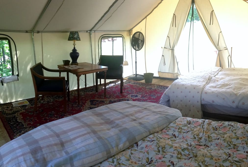 Two queen beds with fluffy down quilts
