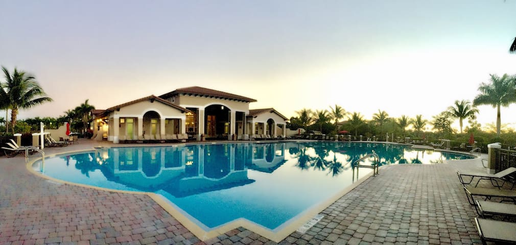Luxury Two Bedrooms House Pool and Gym Club - Cutler Bay - Haus