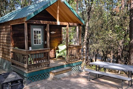 The Lazy Z Resort Cottage for Two II - Twain Harte - Cabana