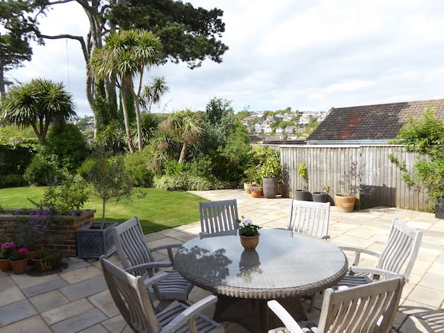 Luxurious 2 bedroom apartment with garden nr beach - Dawlish - Leilighet