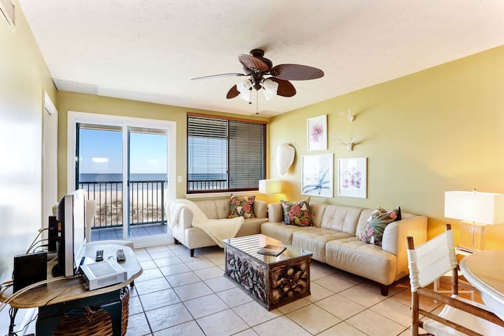 Pet Friendly Oceanfront 2/1 Condo - Fernandina Beach - Wohnung