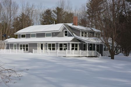 Renovated Waterfront home near Skiing and Hiking