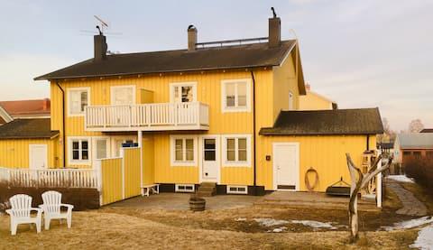 """Umeå Colorful Townhouse"""