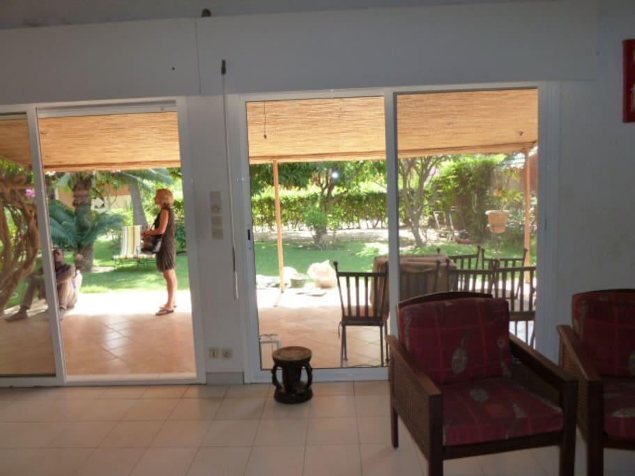Villa de charme avec jardin jacuzzi villas for rent in - Jacuzzi para jardin ...