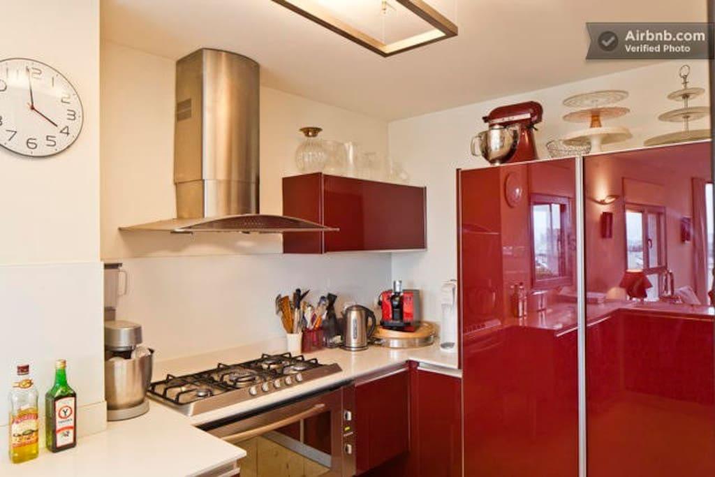 New kitchen with all appliances (Espresso machine, Microwave, Oven, gas range)