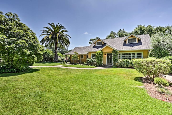 Heavenly Sonoma Country Home w/Garden, Pool & Spa!