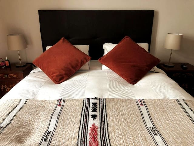 Charming double room in cozy guesthouse
