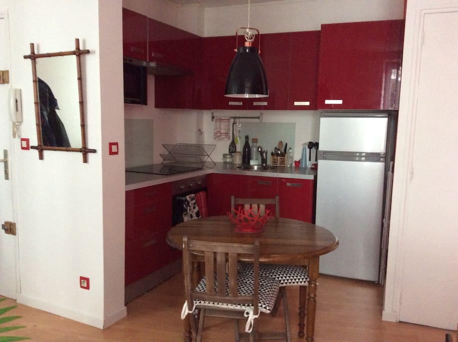 appartement t2 bien situ proche gare appartements louer nantes pays de la loire france. Black Bedroom Furniture Sets. Home Design Ideas