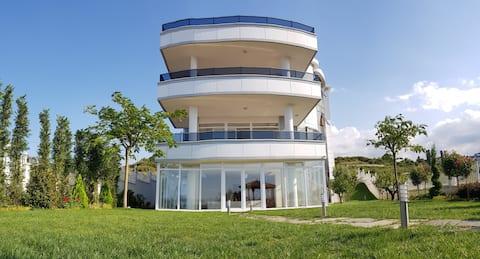Tariq Villa- Gehele villa met zee- en bergzicht