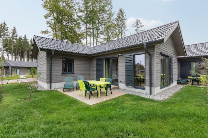 AG1402 Comfort Cottage 6p